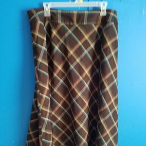 East 5th Size 18 Plaid Skirt
